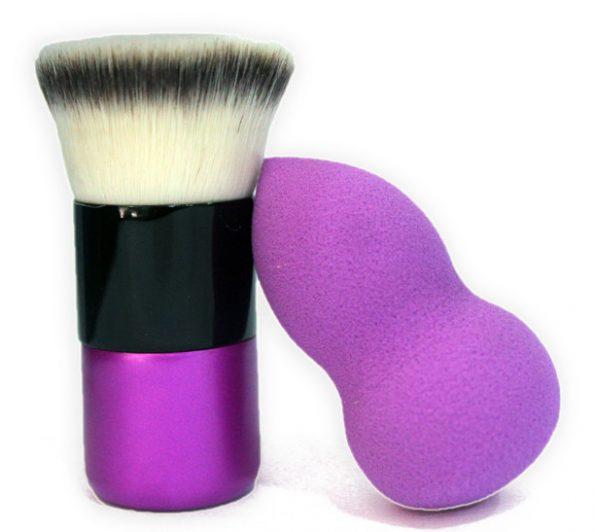Kuddy Kabuki Brush and Beauty Blender-0
