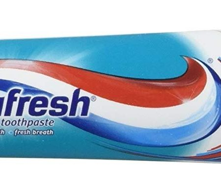 Aquafresh Cavity Protection Fluoride Toothpaste – Cool Mint 85.1g
